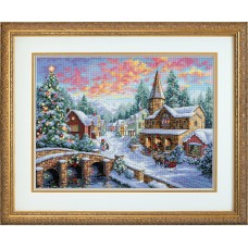 Gold: Counted Cross Stitch: Holiday Village
