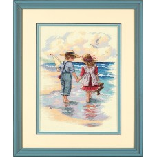 Counted Cross Stitch: Holding Hands