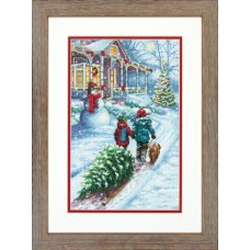 Counted Cross Stitch: Christmas Tradition