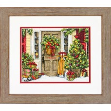 Counted Cross Stitch: Home for the Holidays