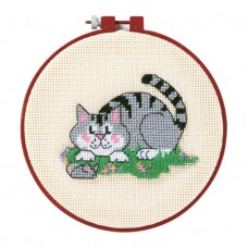 Needlepoint Kit with Hoop: Learn-a-Craft: A Cat and a Mouse