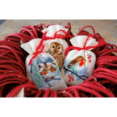 Counted Cross Stitch: Pot-Pourri Bags: Winter: (Set of 3)