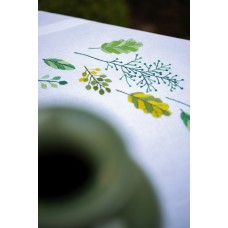 Embroidery Kit: Tablecloth: Leaves & Grass