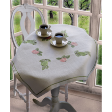 Embroidery Kit: Pear & Apple: Tablecloth