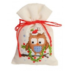 Owl with a Garland Bag